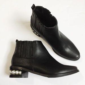 Catherine Malandrino black pearl booties size 81/2